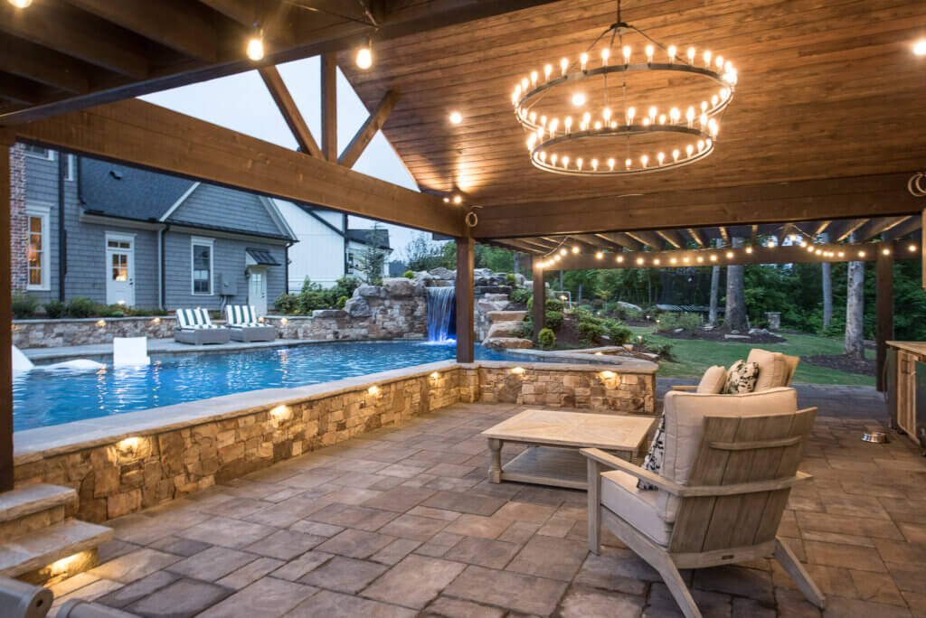 Outdoor living area lighting by Georgia Lightscapes